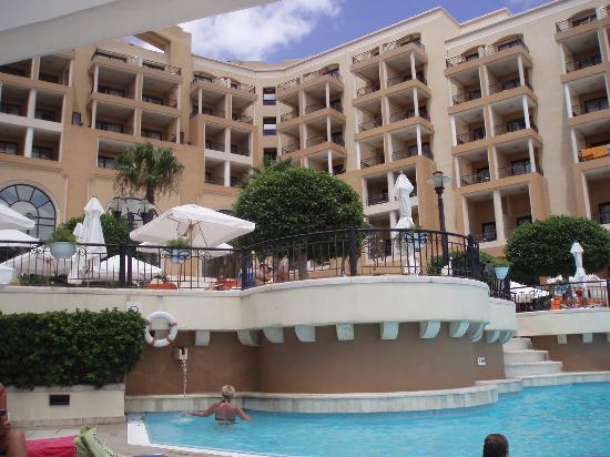 Corinthia Hotel: View of hotel