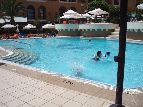 Corinthia Hotel St. George's Bay : Pool