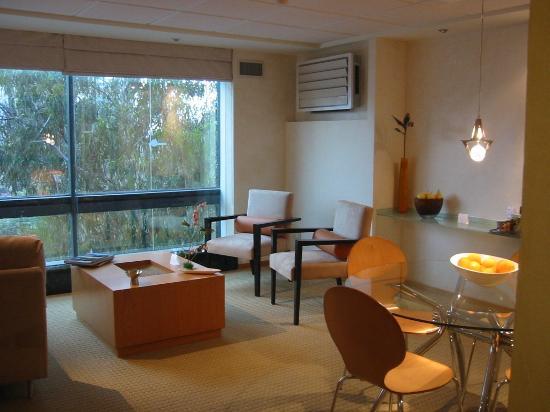 Suites Contempo: Sala Suite Ejecutiva