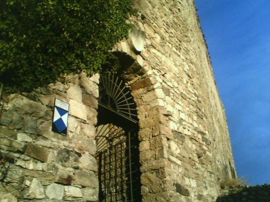 Burgruine Gösting : The entrance to the inner yard