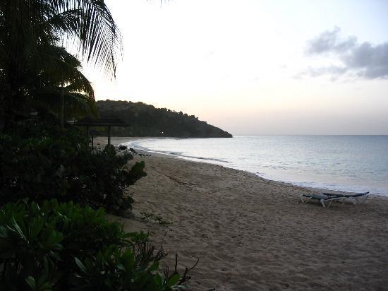 Galley Bay Resort : sunset at Galley Bay