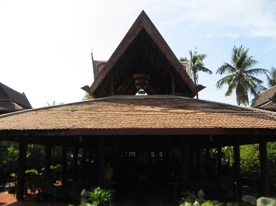 Angkor Village Hotel: Style of hotel