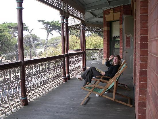 The Queenscliff Hotel: Verandah