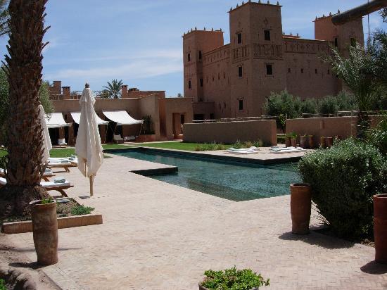 Skoura, Marruecos: vue de la piscine principale de l'hôtel