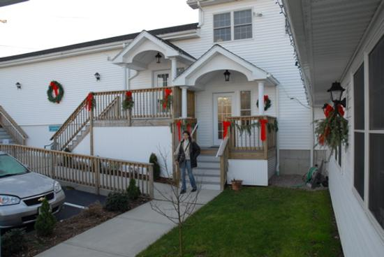 Taber Inne and Suites: outside1