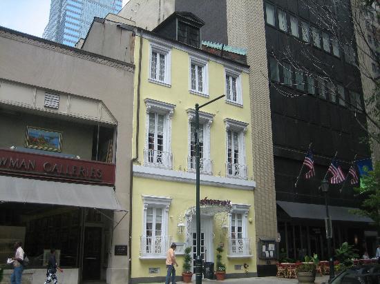 Alma de Cuba in Rittenhouse Square