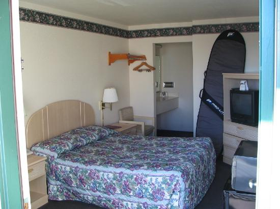 Beachview inn: Room 214