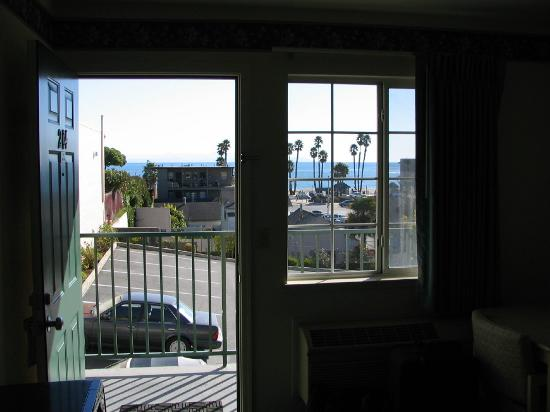 Beach View Inn Motel: Room 214 View