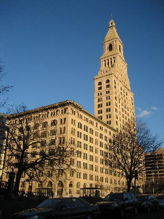 ‪Travelers Tower‬