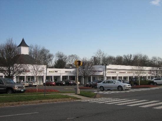 Bertucci's: Griswold Mall which is home to Bertuccis