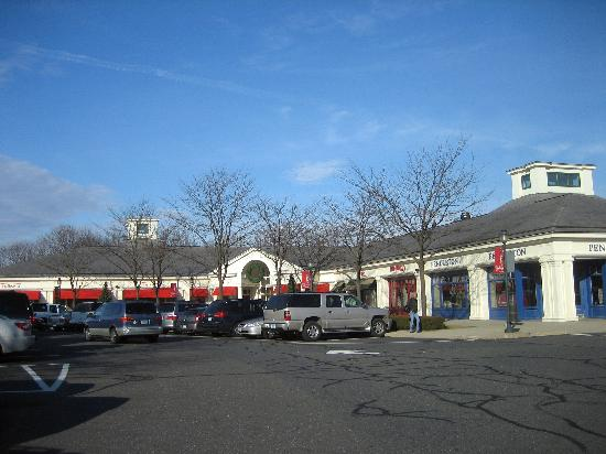 Somerset Square which is home to Max Amore