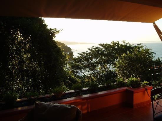 Shelter from the Storm: Terrace/Las Rocas upper