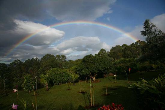 Barva, Costa Rica: It Rained a bit- but made for rainbows off of the porch