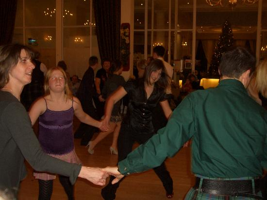 Crieff Hydro Hotel and Resort: Scottish Dancing!