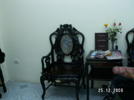 The Tourist Hotel: Tea table and chairs - Classic 2 Hotel, Hanoi