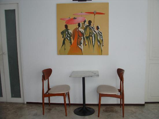 Ibrik Resort in the city: The breakfast area, simple and nice.