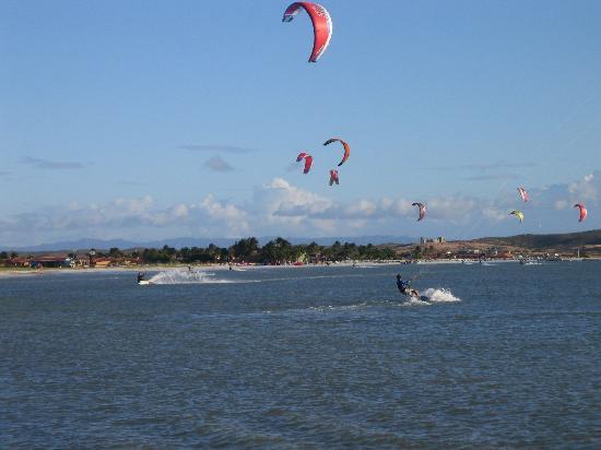 Hotel Coche Paradise : Kitesurfers