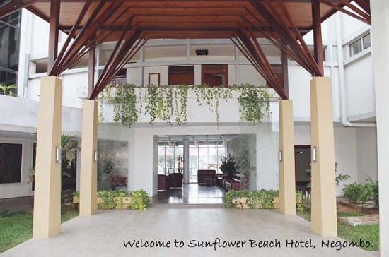 Hotel Sunflower Beach: Entrance