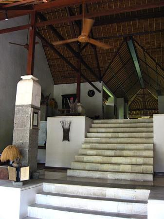 Barong Resort and Spa : Reception Area