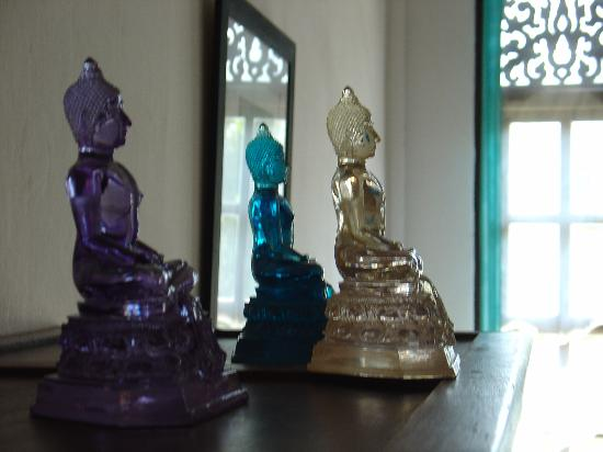 The Apsara: The glass Buddhas... beautiful aren't they?