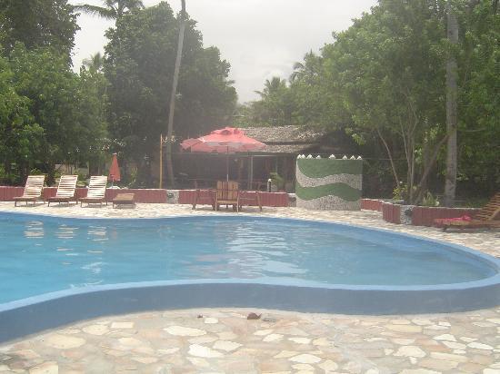 Hotel Praia do Encanto: Swimming pool