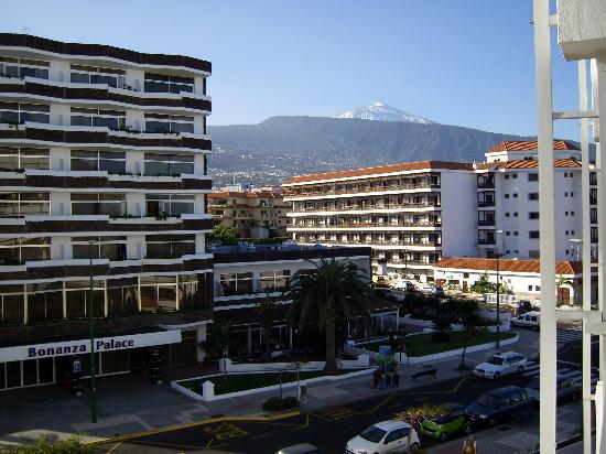 Blue Sea Interpalace: View of Teide from the balcony