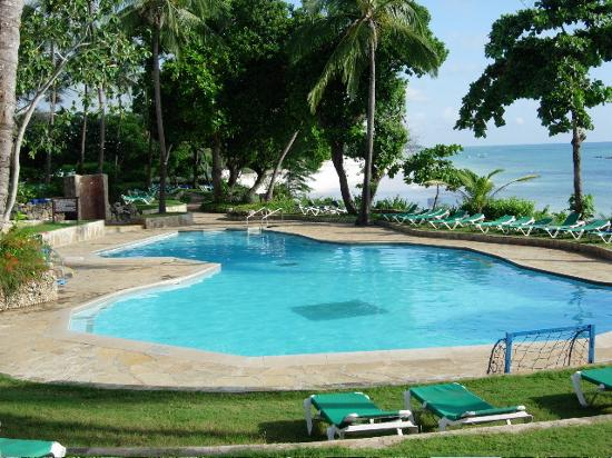 The Baobab - Baobab Beach Resort & Spa: Pool at Baobab