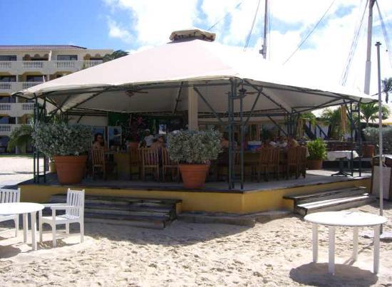 Bucuti & Tara Beach Resort Aruba: Bar at Bucuti