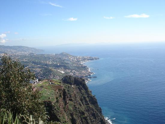 Casa do Papagaio: View from Cabo Girao