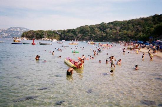 Isla La Roqueta: Beach at La Roqueta