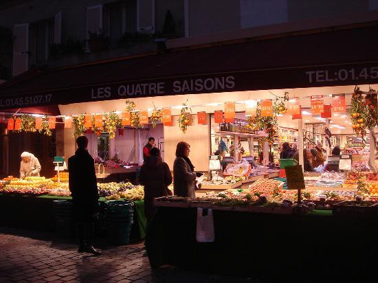 Rue Cler Fruit shop