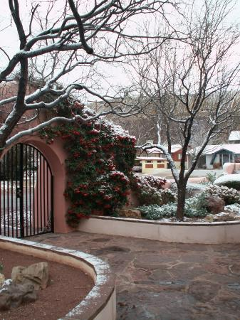 Calumet and Arizona Guest House: Entryway from Inside the Courtyard