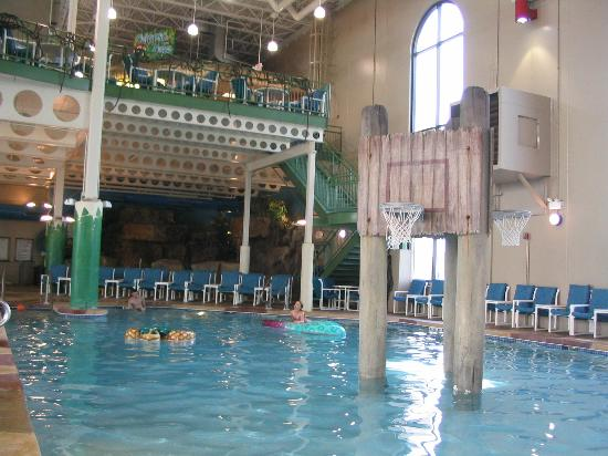Caribbean Cove Indoor Water Park