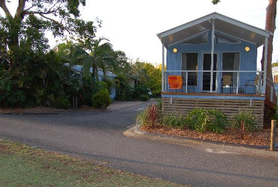 Shoal Bay Holiday Park: The Outrigger Villa