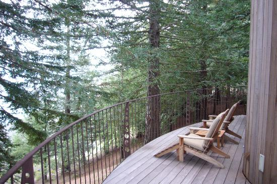 Post Ranch Inn : The deck outside the F. Post Room, Dec. 2006
