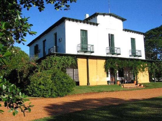 Estancia Santa Cecilia: The house