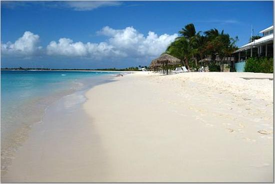 Barbuda : Coco Point's gorgeous Beach