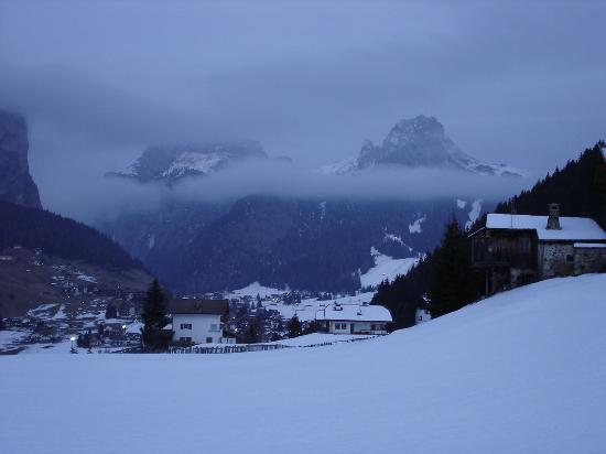 Residence La Selva: Evening in the valley
