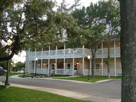 Gruene River Hotel Retreat Photo