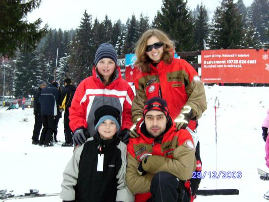 Poiana Brasov, رومانيا: Kids And Their Instructors