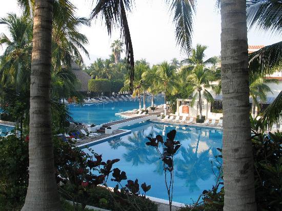 Gran Festivall All Inclusive Resort: Pool area