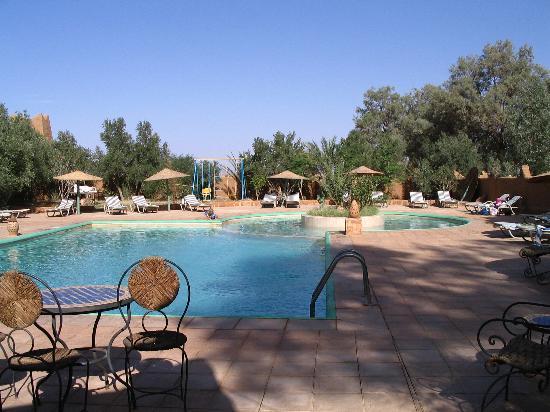 Auberge  Derkaoua: The pool.