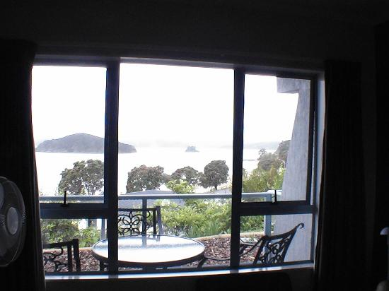 Blue Pacific Apartments Paihia : lounge room