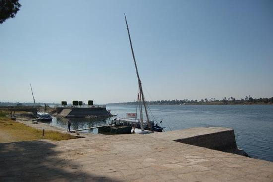 Jolie Ville Hotel & Spa - Kings Island, Luxor: View of the hotel boat dock