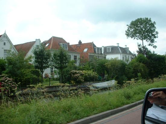 Center Parcs De Kempervennen: pretty villages by canals