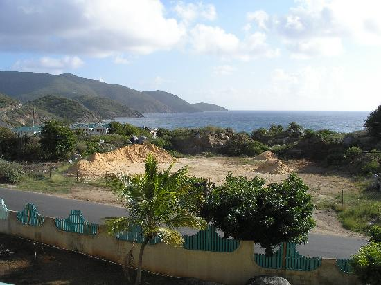 Virgin Gorda Village: Across the street from Olde Yard Village