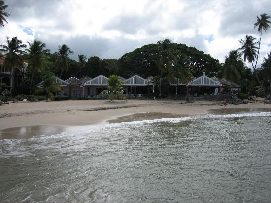 Rendezvous Resort: A view of the resort from the water