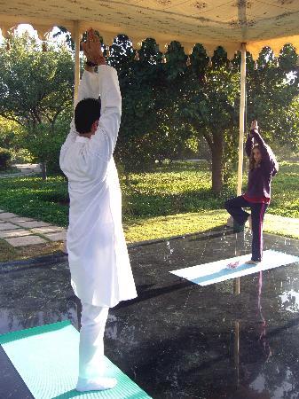 The Oberoi Vanyavilas: yoga lessons