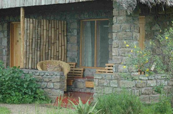 Ndutu Safari Lodge: Our bungalow