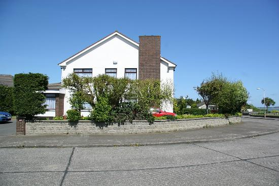 Breifne Bed & Breakfast: front view